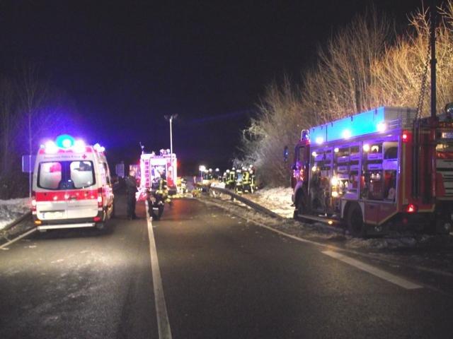 Hilfeleistung vom 08.12.2012  |  (C) Feuerwehr Muehlhausen (2012)