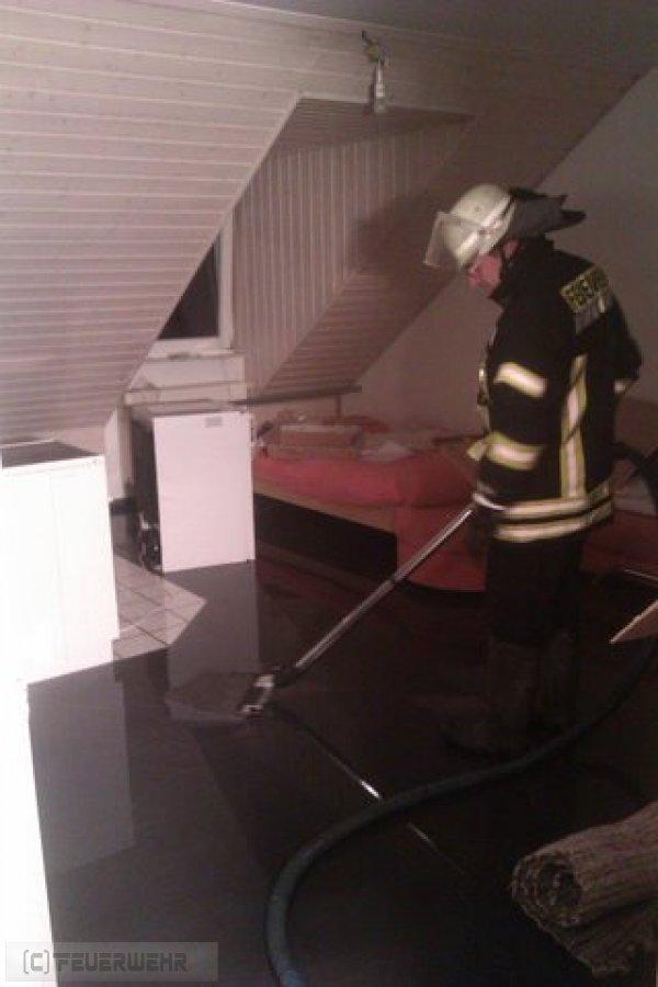 Hilfeleistung vom 08.09.2011  |  (C) Feuerwehr Muehlhausen (2011)