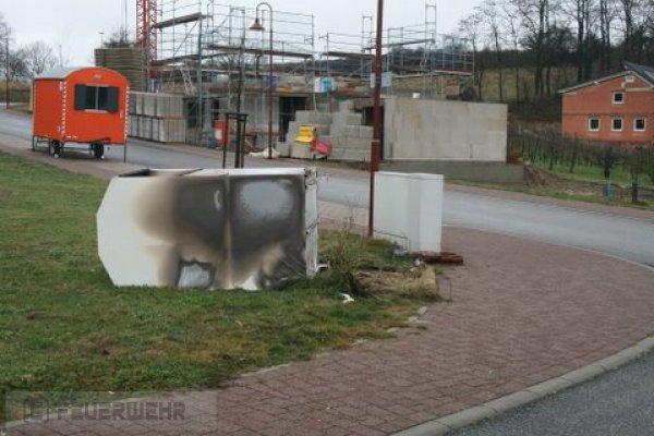 Brandeinsatz vom 01.01.2012  |  (C) Feuerwehr Muehlhausen (2012)